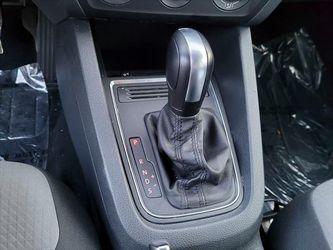 2017 Volkswagen Jetta Thumbnail
