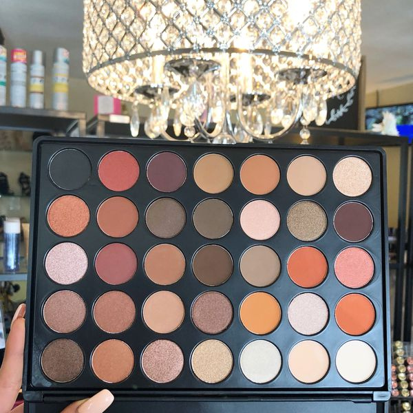 Holly Jolly Palette by Bebella Cosmetics for Sale in West Covina, CA -  OfferUp