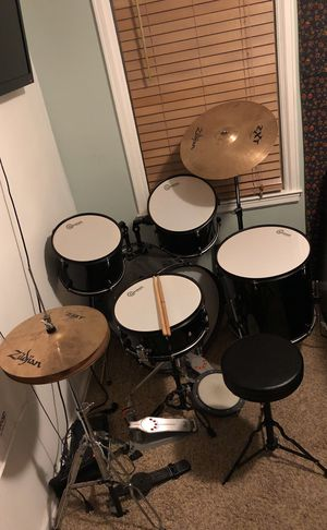 Cash only. Full Drum Set. Rarely played. Zildjian high hat and crash symbol. Double bass pedal. for Sale in Salt Lake City, UT