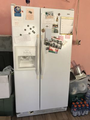 Refrigerator for Sale in Miami Gardens, FL