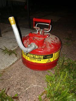 JUATRITE SAFTEY CAN GAS CAN 2.5 Gallon Thumbnail