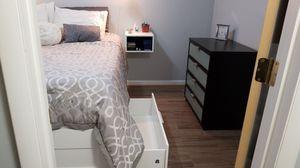 5 Piece Bedroom Set for Sale in Manassas Park, VA