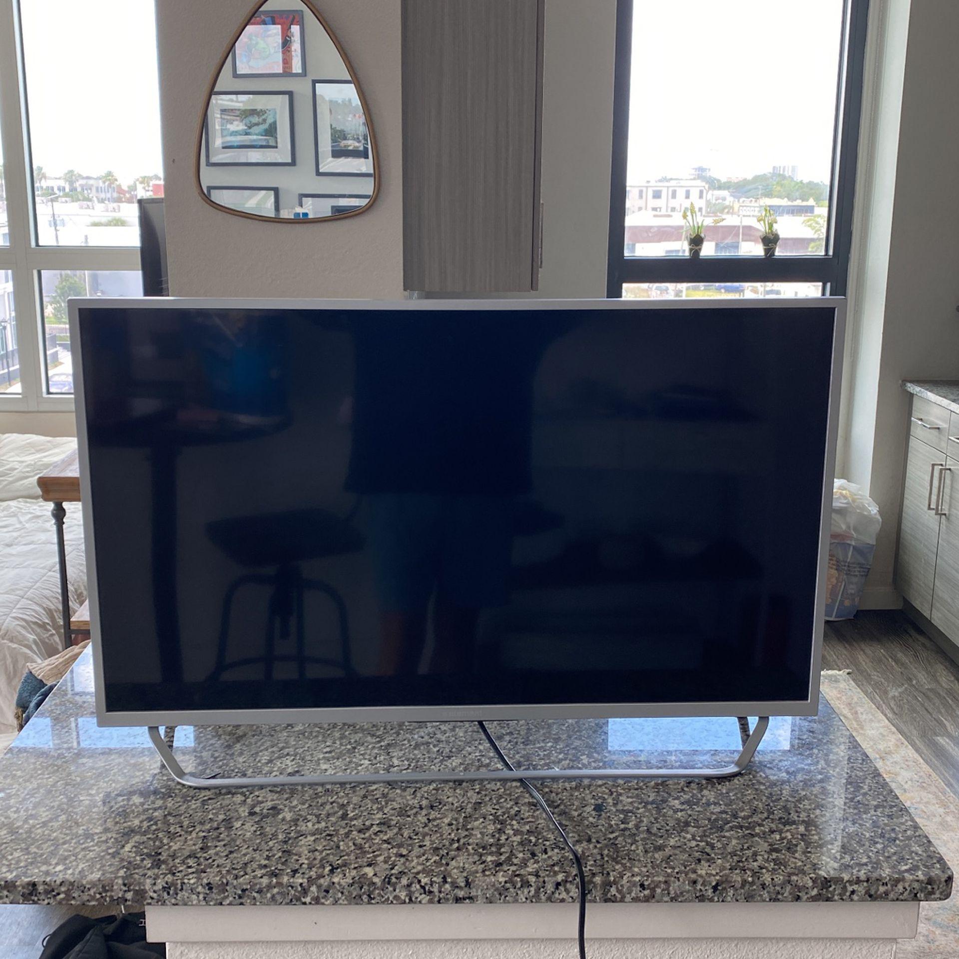 36' Flatscreen TV