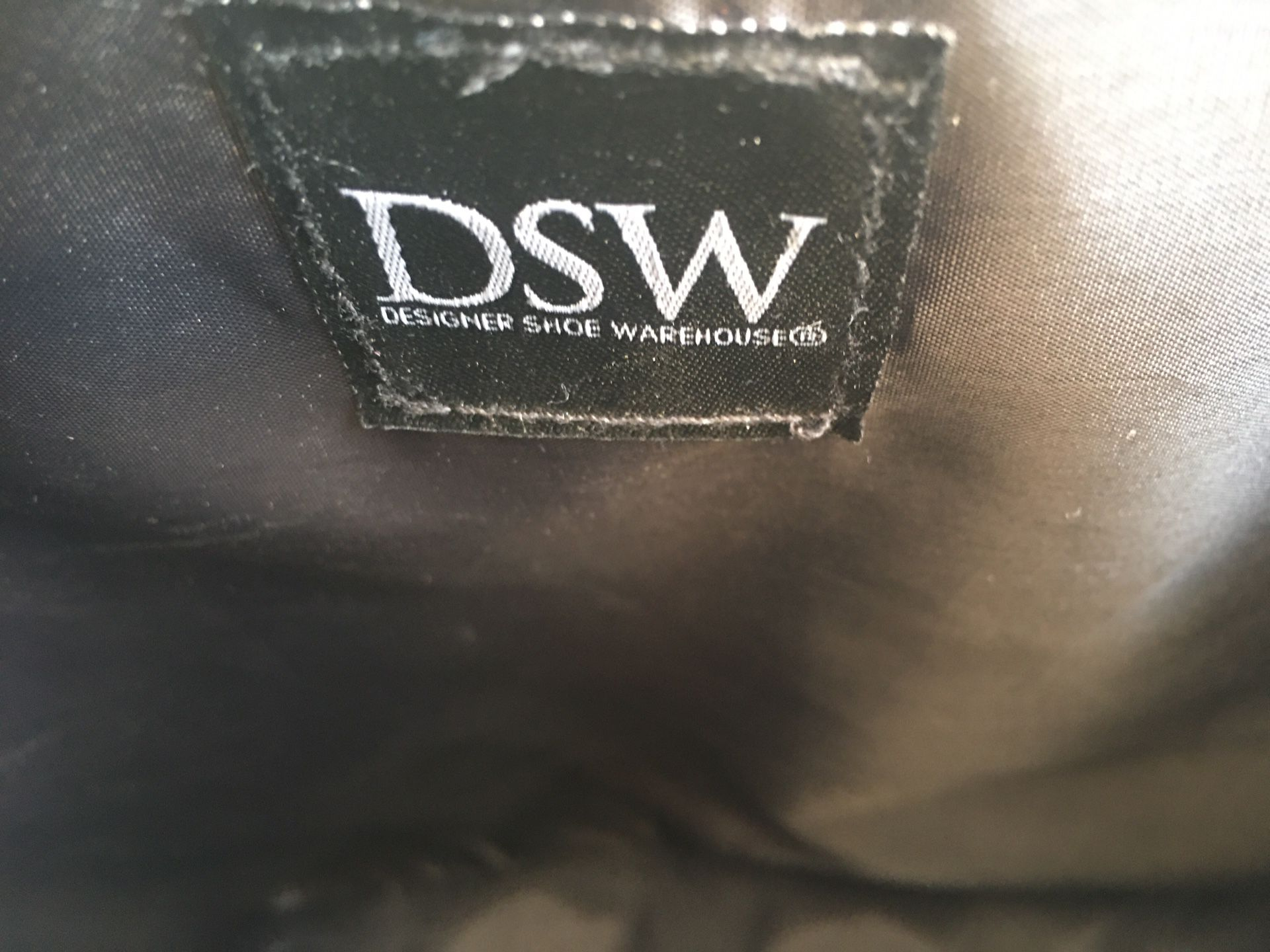 270.-Dsw Slim Backpack Carry Bag Zip Shoe Compartment