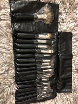 Makeup brush sets for Sale in Lorton, VA