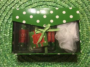 New Vanilla Sugar Christmas Gift Set for Shower for Sale in Maryland Heights, MO