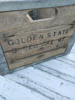 1947 vintage Wood Crate GOLDEN SATE Thumbnail