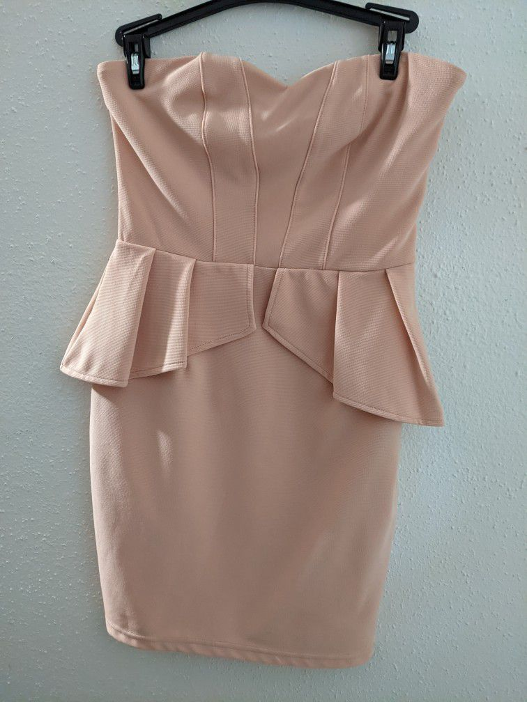 Small Forever 21 Pink Dress