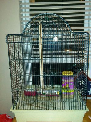 Bird cage, And a brand new 4.5 pound of premium cockatiel food! for Sale in Salt Lake City, UT