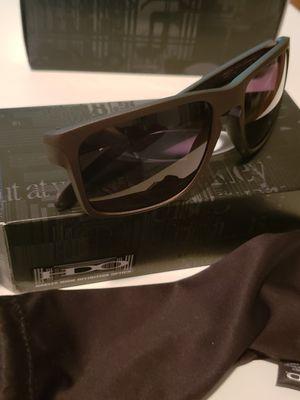 Oakley sunglass for Sale in Ashburn, VA