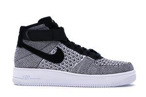 Photo Nike. Size. 13