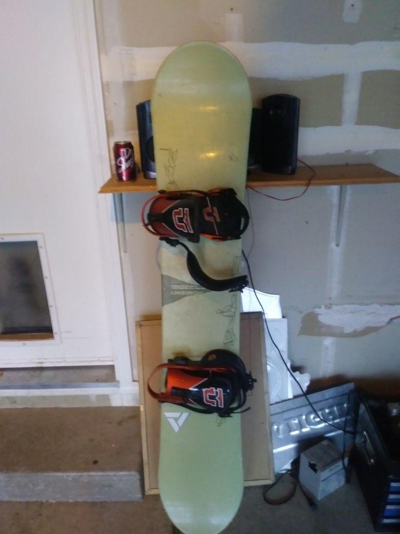 Acadamy snowboard