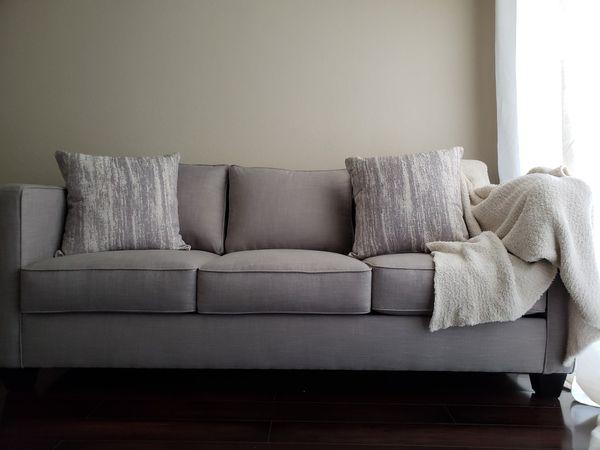 Aki Home Furniture Metropolis Sofa