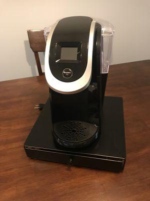 Keurig K250 Single Serve, K-Cup Pod Coffee Maker (3 filters & k-cup holder) for Sale in Fairfax, VA