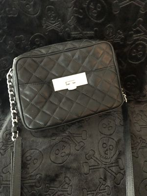 0a54c146b479f5 Michael Kor Crossbody- Black and White for Sale in Phoenix, AZ - OfferUp