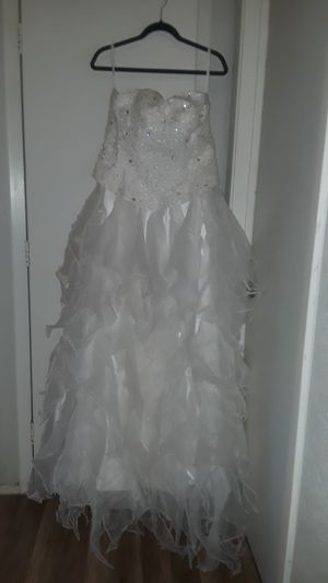 New And Used Wedding Dresses For Sale In Lewisville Tx Offerup