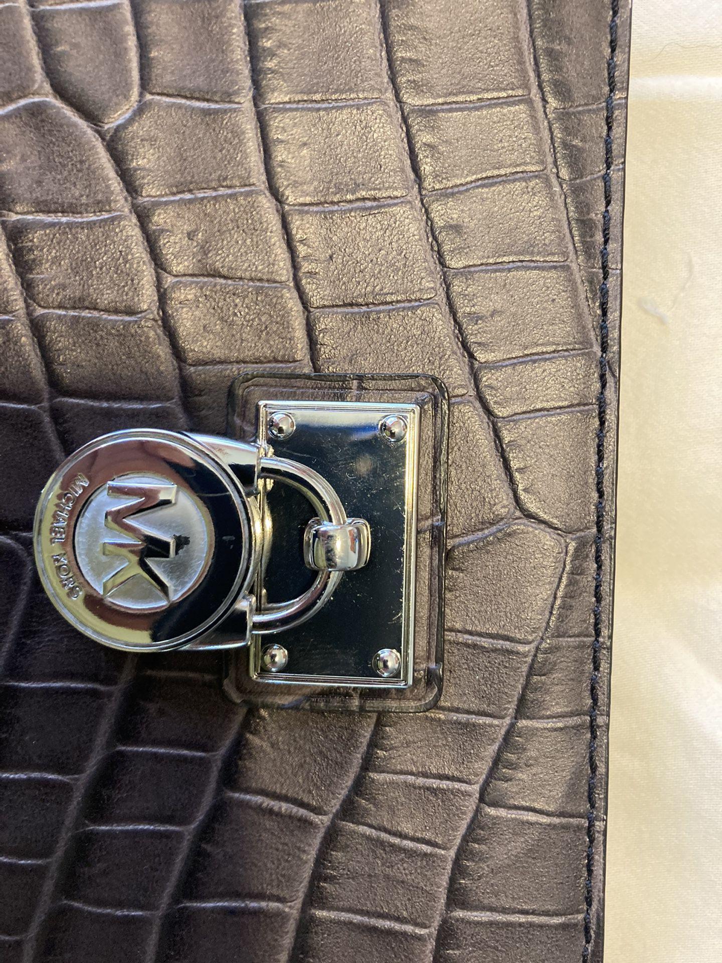 Michael Kors Hamilton Wallet - New w/o tags