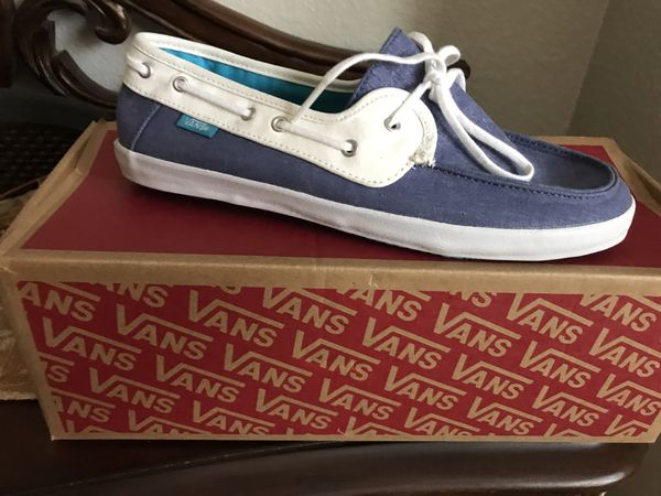 Women s Slip on Vans size 8 for Sale in Oceanside 2317ff1c8