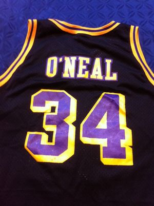 huge discount bfe5f 124f7 LOS ANGELES LAKERS THROWBACK JERSEY SHAQ for Sale in Seattle, WA - OfferUp