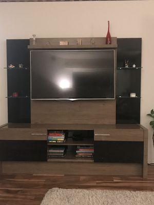 TV cabinet +TV mount for Sale in Falls Church, VA