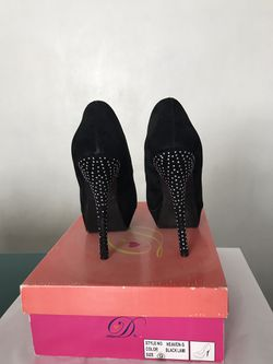 Women's High Heels Thumbnail