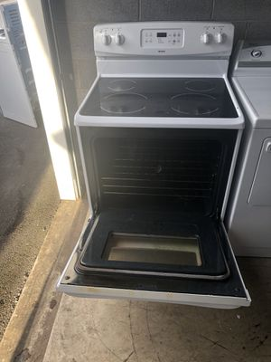 Estufa eléctrica en buenas condiciones for Sale in Sterling, VA