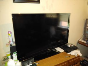 Not a smart TV Samsung 45 inch TV for $200 for Sale in Bladensburg, MD