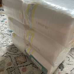 Diapers Size 1, 372 Count Thumbnail