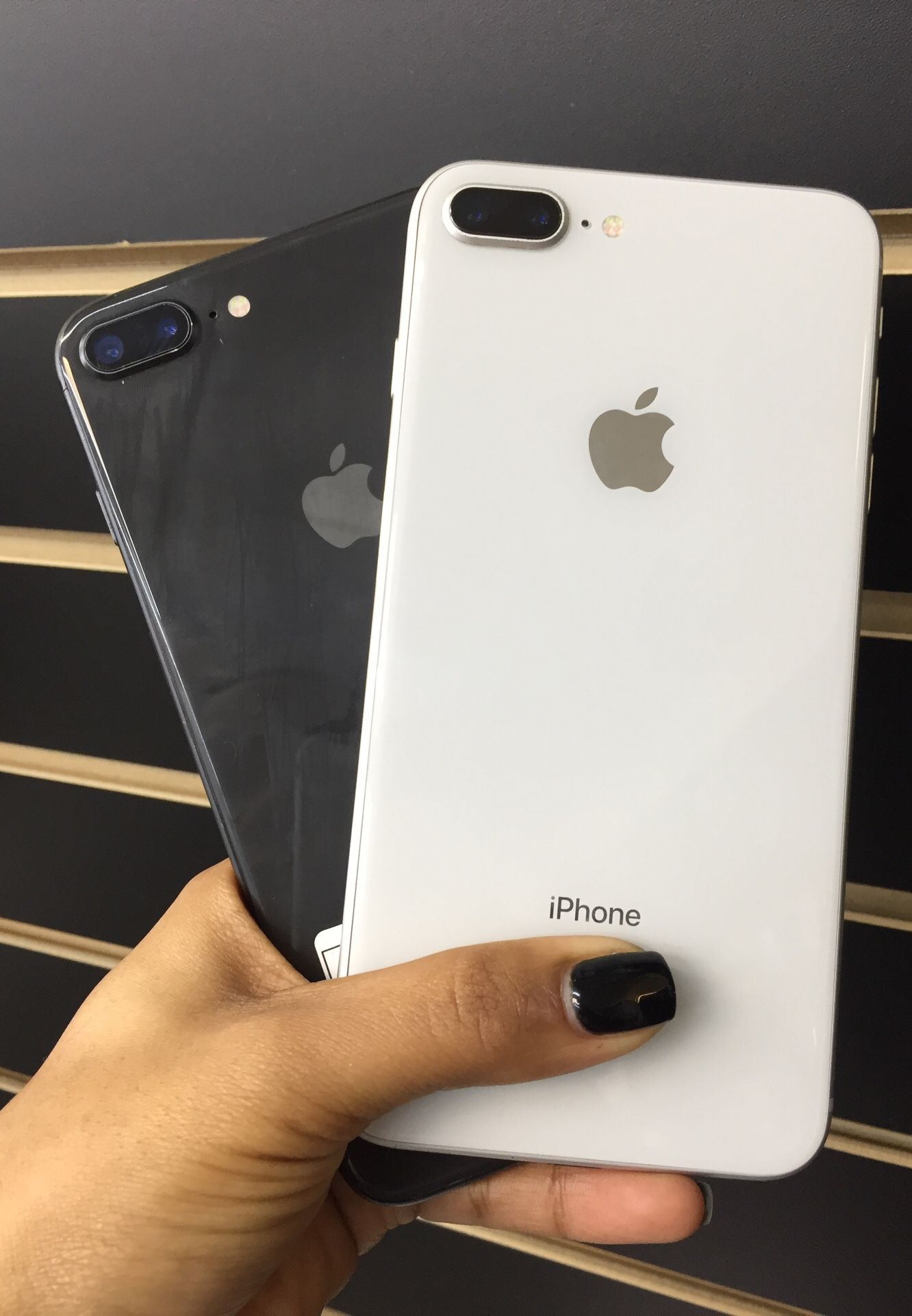 iPhone 8 Plus (64GB )  Unlocked 🔓  30 Days warranty✅   All colors Available ❗️  Like New