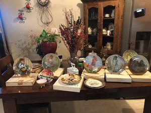 antique / collectible plates for Sale in Phoenix, AZ