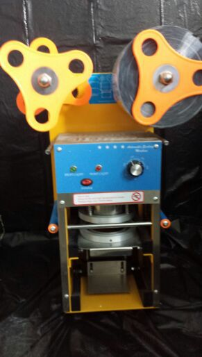 Automatic commercial sealing Machain with the rolling film. for Sale in Nashville, TN