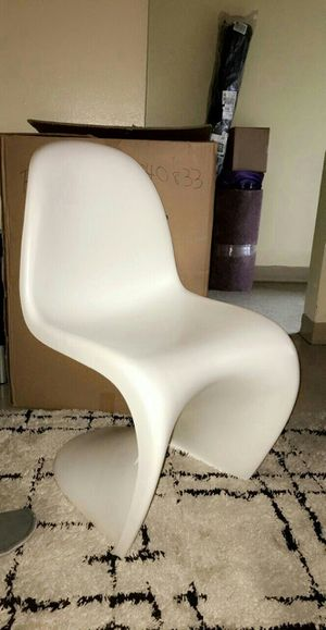 Brand New Modern Chair (Never Used) for Sale in Pittsburgh, PA