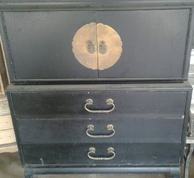 oriental drawers with matching night stand Thumbnail