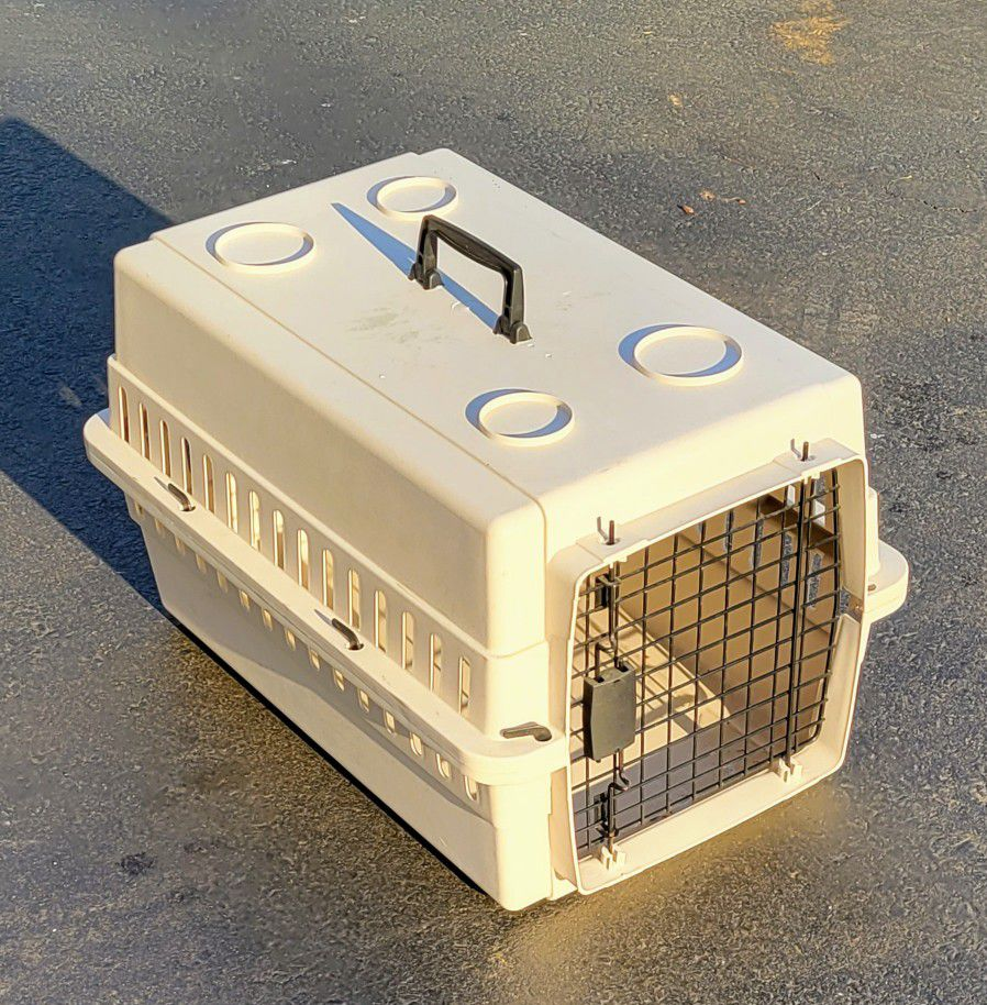 24 x16 x15 - Pet Carrier - Holmdel NJ