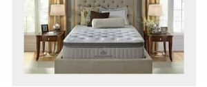 Photo Brand new Queen luxury pillow top Pocketed coils latex- memory foam limited edition Kingsdown mattress stay home stay safe we delivered to the door
