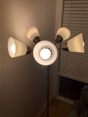 5 Head Floor Lamp for Sale in Bethesda, MD