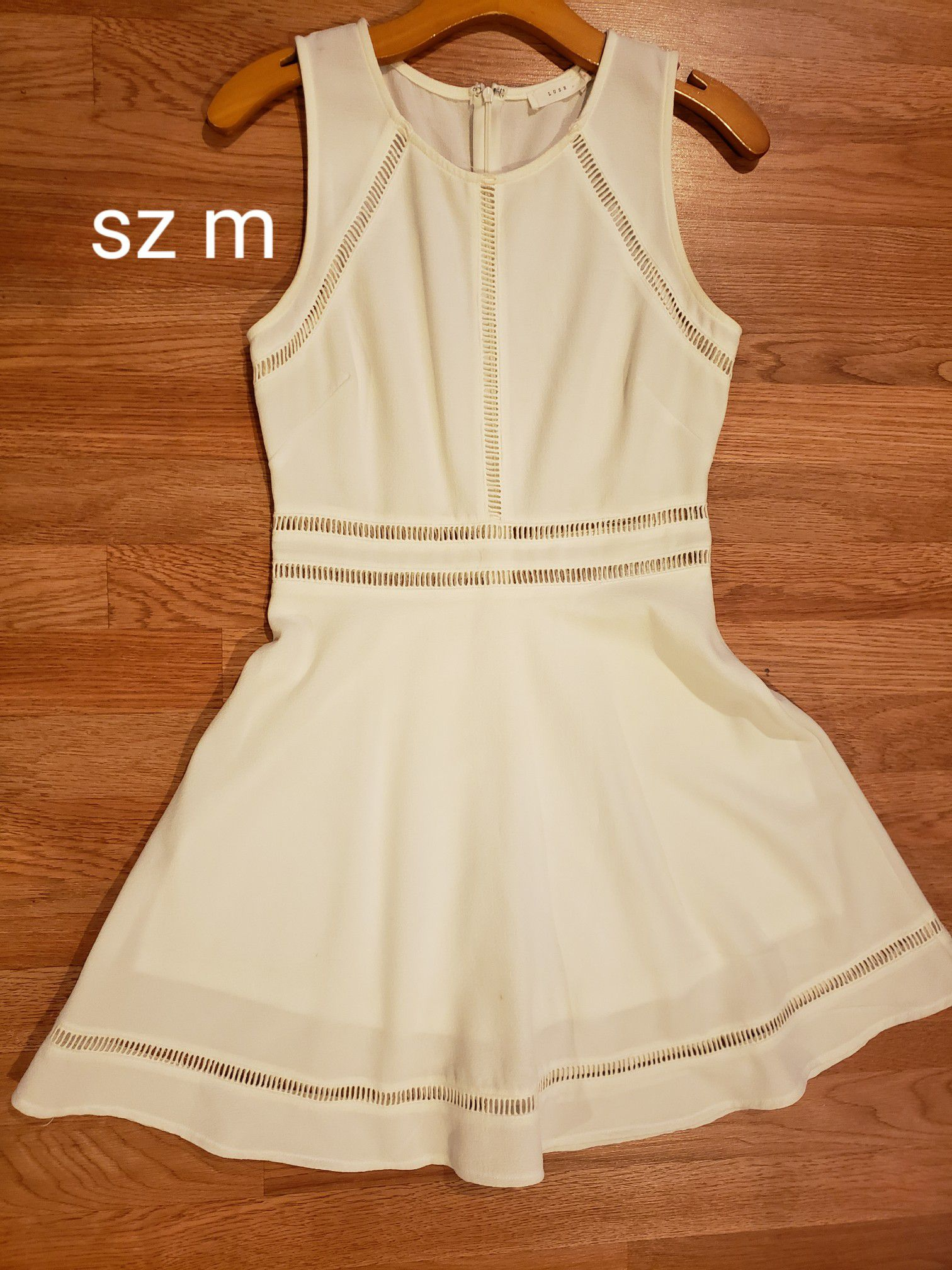 Dresses sz m