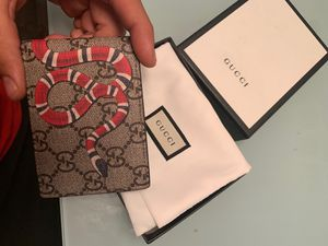 db7827dfd090 gucci wallet kingsnake print gg supreme for Sale in Houston, TX