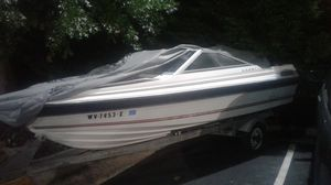 Have a 1985 bayliner Capri ski boat with 85 hp force outboard motor. for Sale in Chantilly, VA