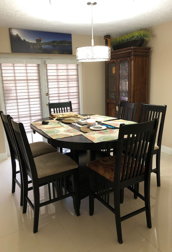 6 seat bistro oval to round Dining Bistro Table and Chairs for Sale in LAUD  LAKES, FL - OfferUp