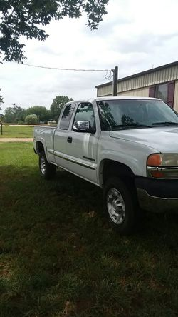 negotiable ...for sale... brand new transfer case speedometer doesn't work and neither does odometer... all others work... heat and air work Thumbnail