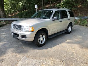 2004 Ford Explorer XLT for Sale in Camp Springs, MD