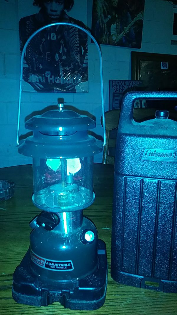 Coleman lantern for Sale in Indianapolis, IN - OfferUp