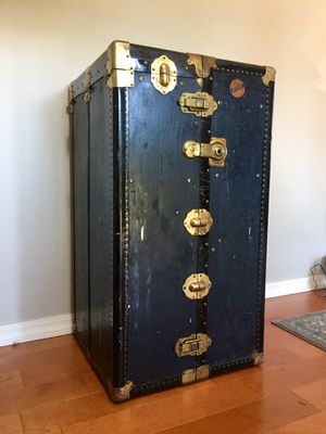 Antique Steamer Trunk In Amazing Condition! for Sale in Tacoma, WA