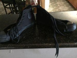 Converse shoes size 9 for Sale in Scottsdale, AZ