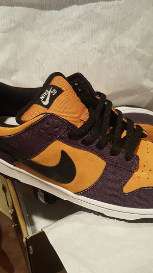 NIKE DUNK LOW PRO SB for Sale in Frederick, MD
