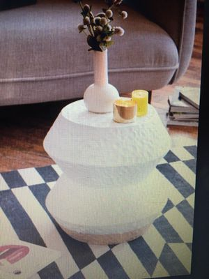 Ceramic Side Table for Sale in Doral, FL