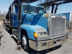 1992 Freightliner 9 car hauler for Sale in Silver Spring, MD