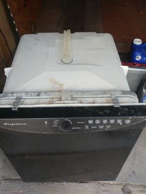 Free broken Frigidaire Dishwasher for Sale in Salt Lake City, UT