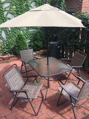 Outdoor Patio Furniture Set with Umbrella for Sale in Washington, DC